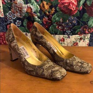 Timothy Hitsman Snakeskin size 6.5 Heels